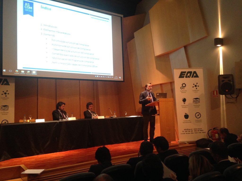Francisco Bonatti en la presentación del Libro Blanco de ASCOM